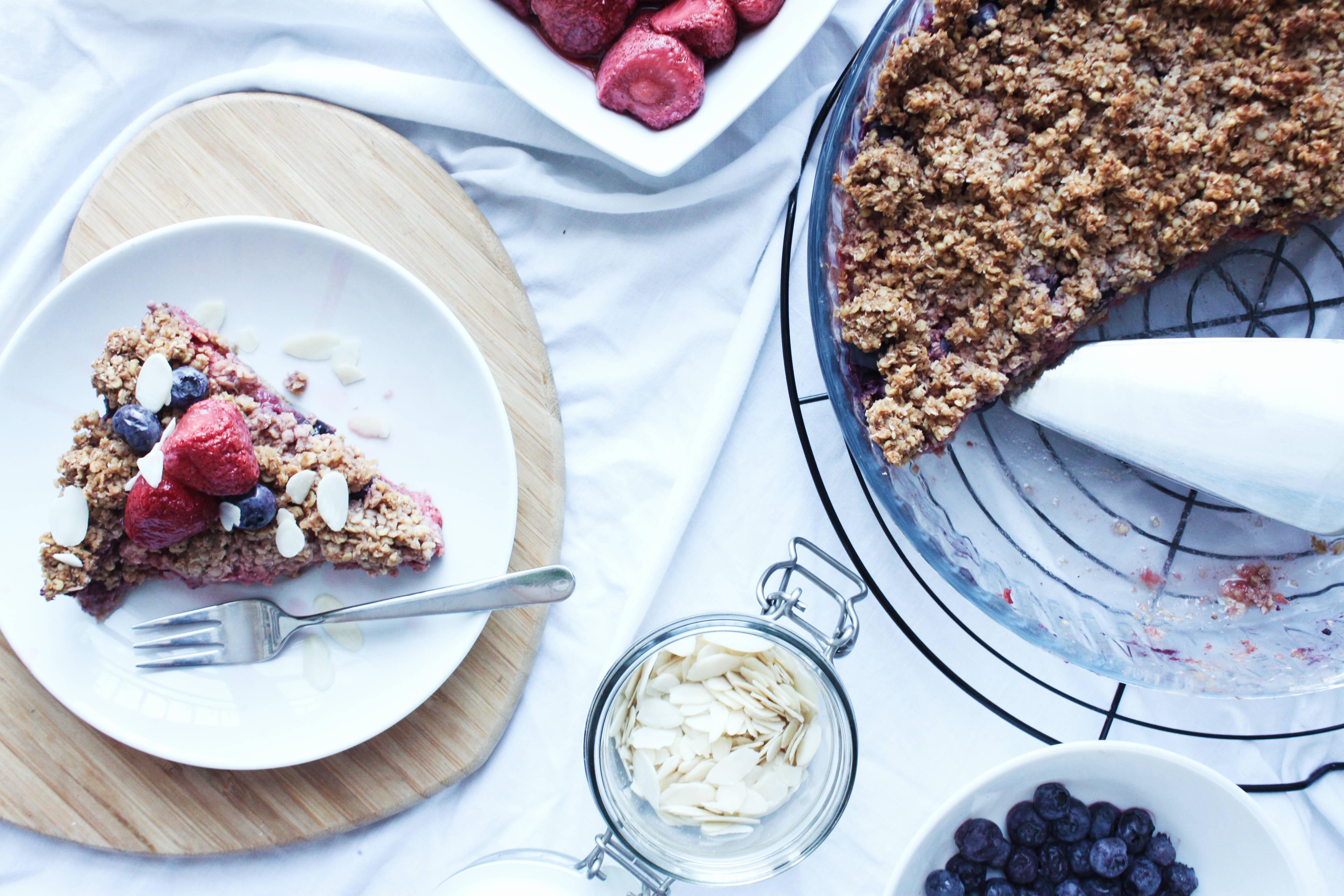 przepis na szybkie Wegańskie i bezglutenowe ciasto z owocami